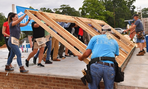 GoUpstate: American Credit Acceptance Partner with Habitat to Build Home on Northside