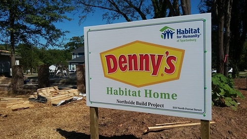 Denny's Builds on the Northside